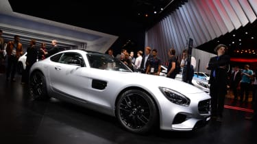Mercedes Amg GT在销售现货:完整的细节,价格和规格