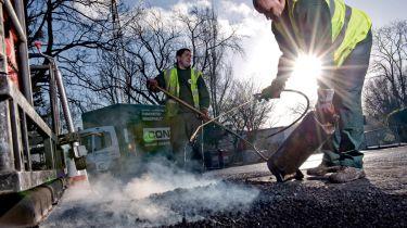 未完成的道路工程导致英国司机造成痛苦