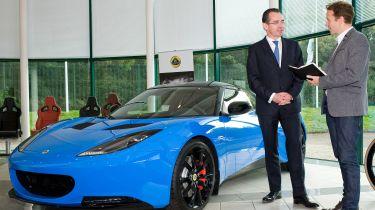 独家的:新莲花首席执行官谈论SUV,ESPRIT和未来