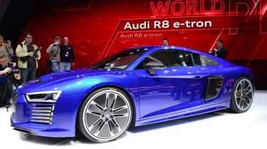 新奥迪R8 E-TRON:456BHP零排放Supercar