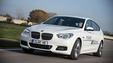 BMW电源EDRIVE插件混合系统获得670bhp