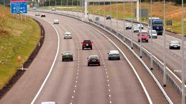 近一半的英格兰的道路标记需要取代