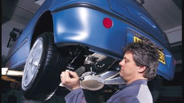车库劳动利率达到每小时215英镑