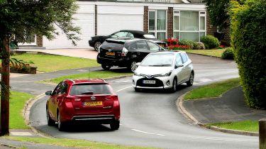 丰田的新安全技术可以与道路和其他汽车交谈