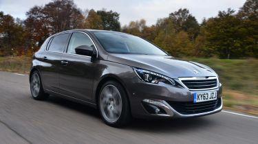 Peugeot 308获得节俭1.2升汽油