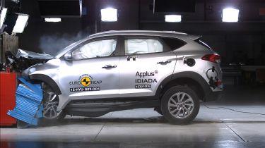 欧洲NCAP 2015:Mazda MX-5,Hyundai Tucson和Vauxhall Viva上的最新碰撞测试