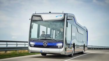 梅赛德斯未来巴士将让您想再次骑公交车