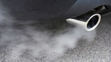 汽车买家在排放后遇到柴油骚扰