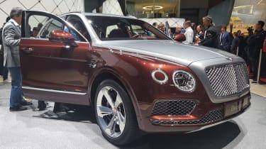 新Bentley Bentayga Phev抵达日内瓦