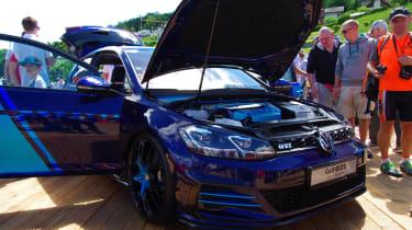 VW Golf GTI前十年:404BHP展览抵达胜利人