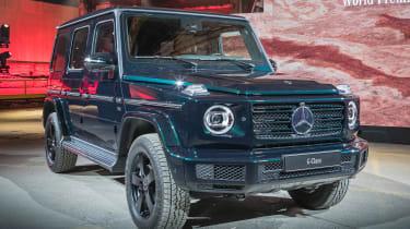 2018年梅赛德斯G级:SUV透露旧的和新的混合