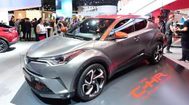 丰田C-HR HY-POWER信号未来丰田性能混合动力车