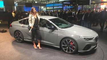 Vauxhall Insignia GSI从33,375英镑开始