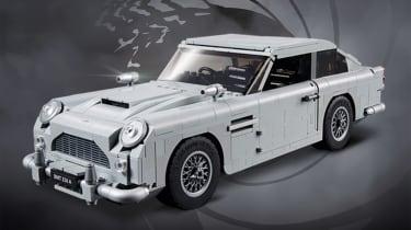 Lego James Bond Aston Martin DB5使用喷射器座位发射