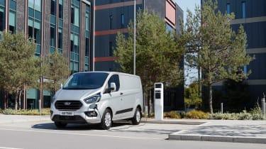 福特运输定制PHEV在IAA商业车展展示展示