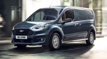 福特运输连接和快递模型与新发动机和技术更新