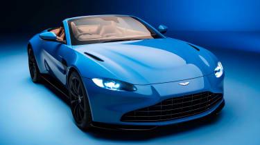 新的2020阿斯顿马丁Vantage Roadster爆炸了日内瓦