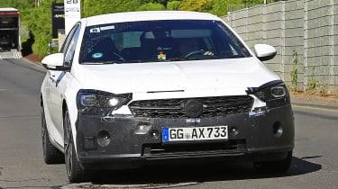 新的2020 Vauxhall Insignia Factift发现测试