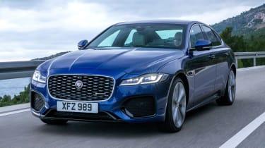 新的2020 Jaguar XF Facelift增加了Mild-Hybrid Tech