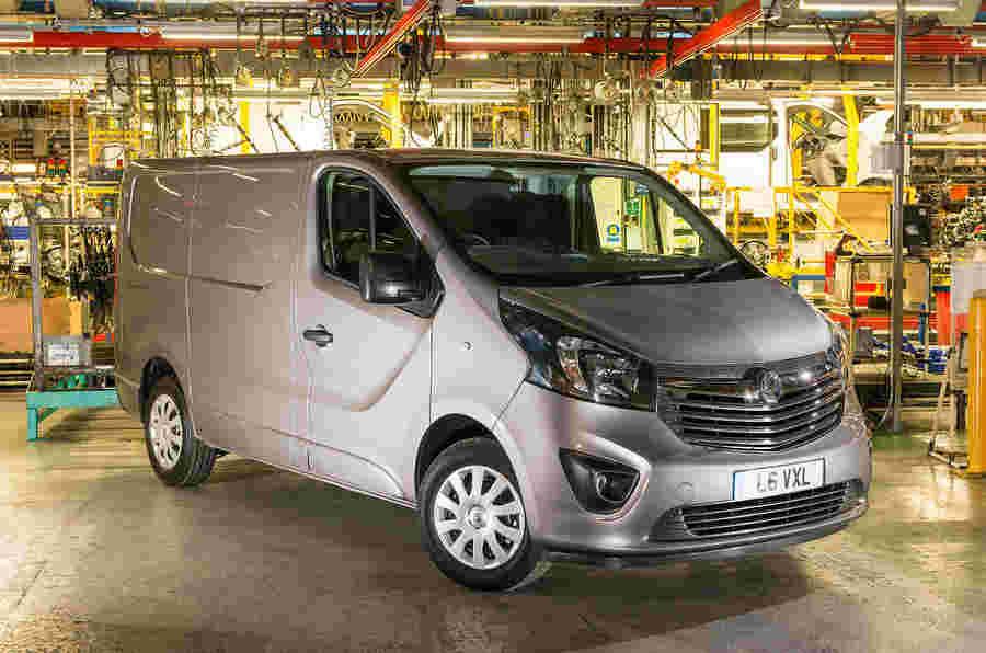 新的Vauxhall Vivaro和Renault Trafic Vans今年夏天推出