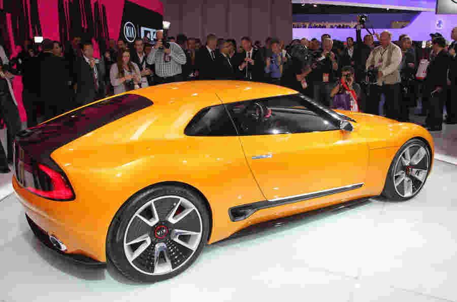 Kia GT4 Stinger将继续销售