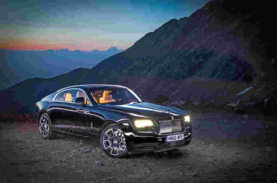 Rolls-Royce Wraith Black Badge:狂热的公路旅行到罗马尼亚
