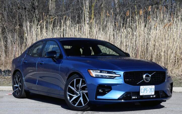 汽车评论:2021年沃尔沃S60 T5 R-Design