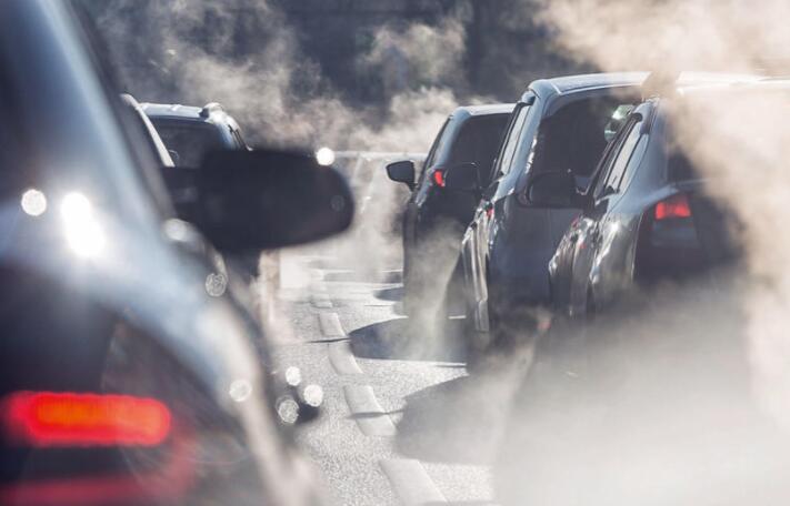 欧盟提议2035年有效禁止所有非电动汽车