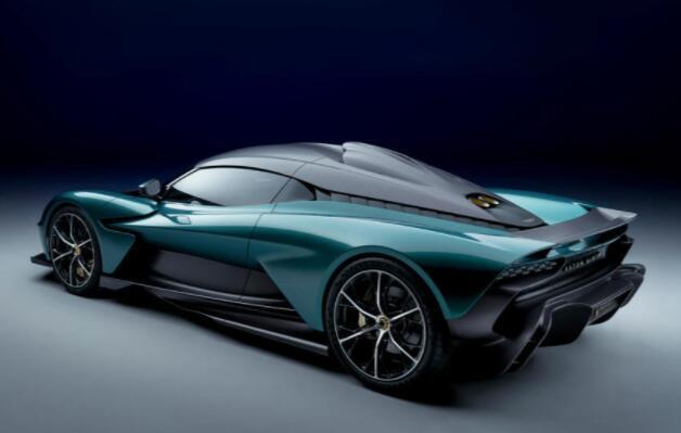 阿斯顿马丁瓦尔哈拉:设计总监打造混合动力超级跑车