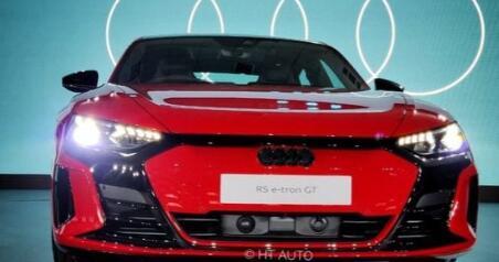 奥迪在印度推出其最强大的电动汽车