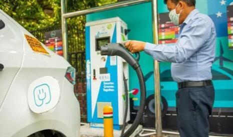 电动汽车采用率上升 全球四分之一的客户可能会购买电动汽车作为下一辆车